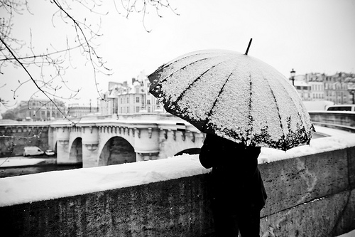 parisviewfinder.blogspot.com