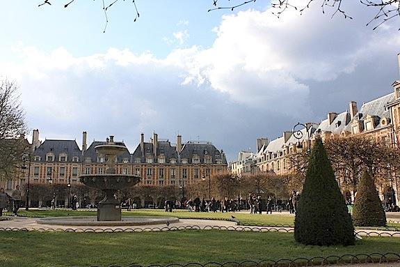 Gen-Place Des Vosges .JPG
