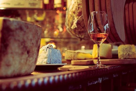 Paris Aperitif: Wine and Cheese