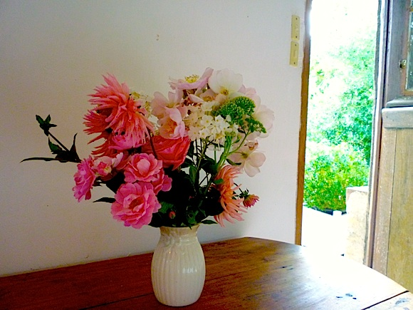 Flowers-French-cottage-Normandy-NEW