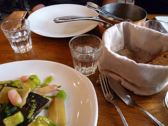 Resto le miroir paris 18 for Restaurant le miroir