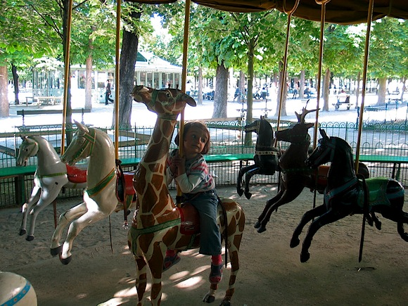 Hip paris blog kid friendly paris le jardin du luxembourg - Chaise jardin du luxembourg ...