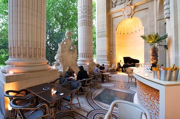 hip paris blog arty dining paris best museum restaurants. Black Bedroom Furniture Sets. Home Design Ideas
