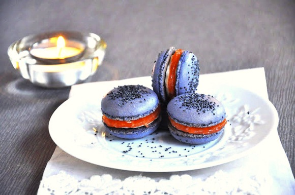 HiP Paris Blog » Chic French Nibbles: Purple Macarons With a ...