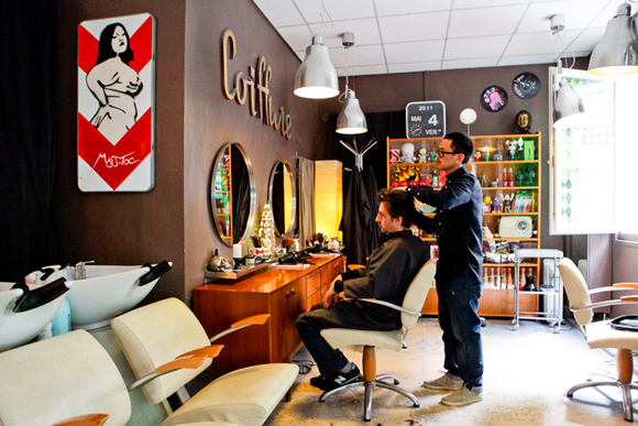 Finding A Hairdresser in Paris: Le Living Room Nails the Bobo Look ...