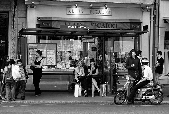 HiP Paris Blog, JR_Paris, Taking the bus in Paris