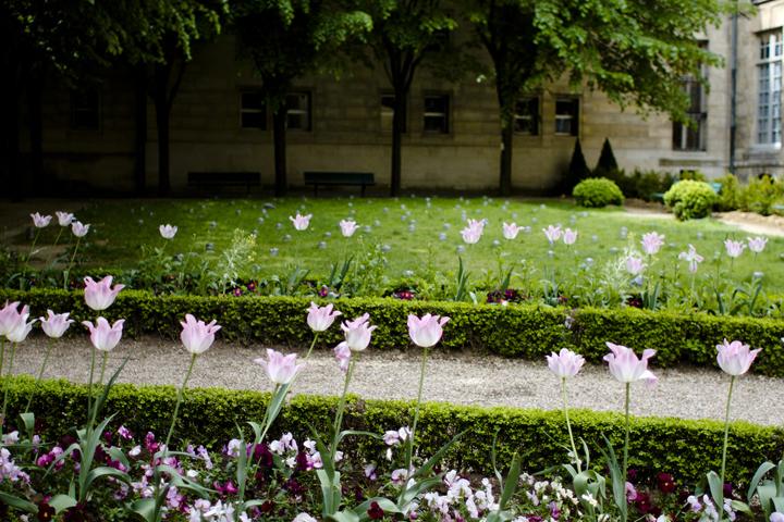 HiP Paris Blog, Making Magique, Dating in Paris