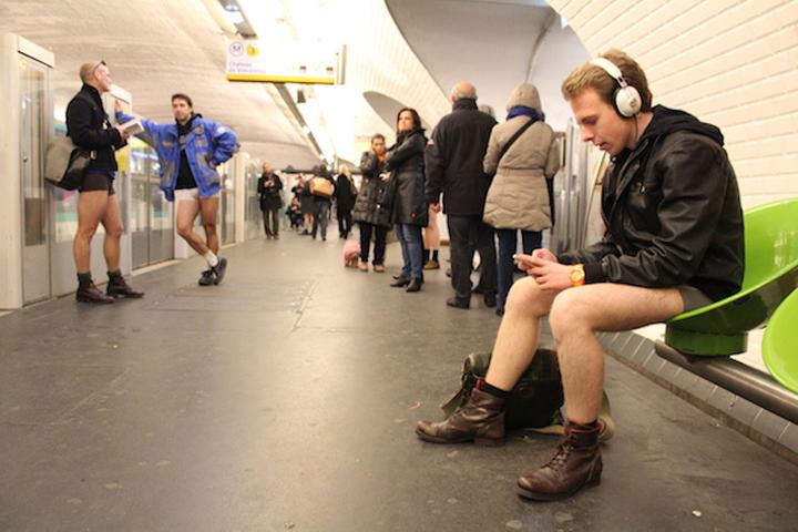 Sans Pantalons, HiP Paris Blog, Photo by Glenn Cloarec – VICE MAGAZINE