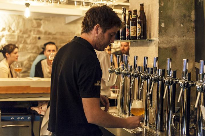 Craft Beer in Paris: La Fine Mousse