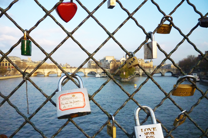 what is the lock symbol on my iphone locks on the pont des arts symbols of or tacky 21224