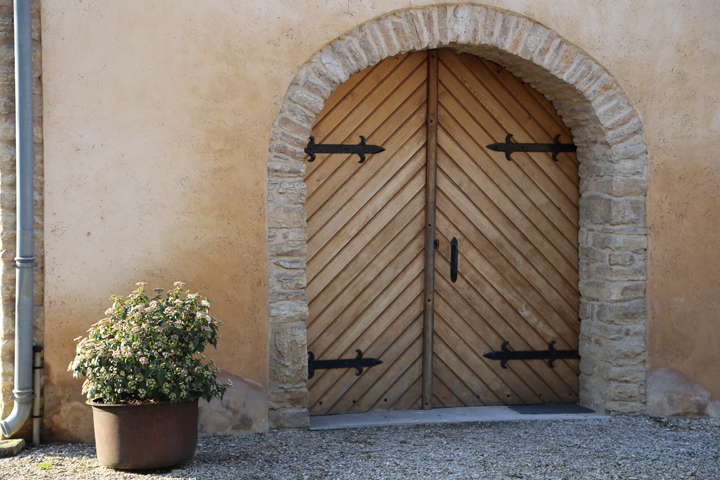 Affordable Wines of Burgundy, Savigny-les-Beaune, HiP Paris Blog, Photo by Casey Hatfield