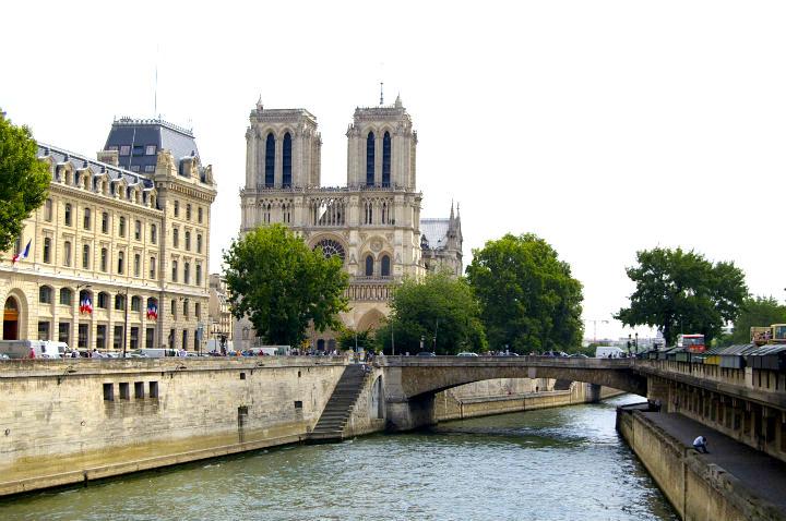 HiP Paris Blog, Isabel Miller-Bottome, Notre Dame