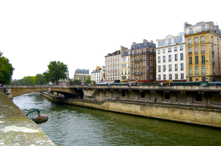 HiP Paris Blog, Best Bike Rides, Isabel Miller-Bottome, Ile de la Cite 3