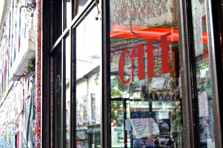 20eme, Rue Denoyez Cafe