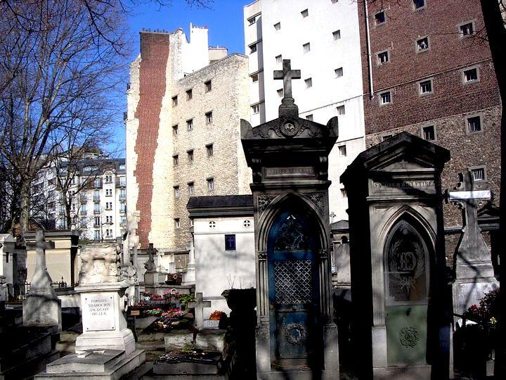 Montparnasse Cemetery graves, cachecache