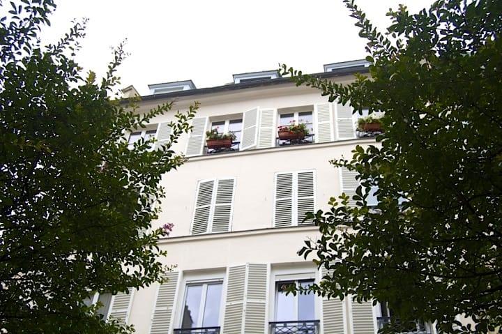 La Jeune Rue, Buildings