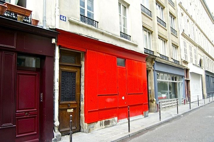 La Jeune Rue, Empty Street