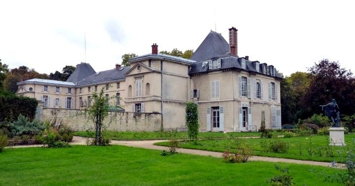 Paris Day Trips, Chateau Malmaison Garden View, Flowers, Chateau Visit