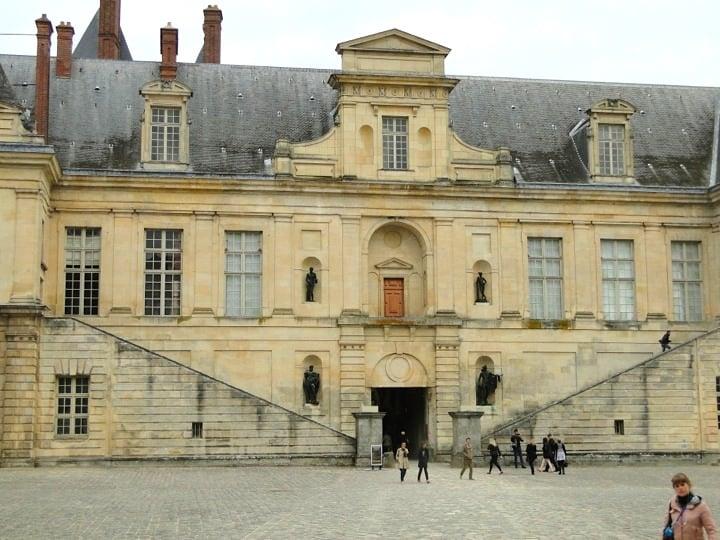 Day Trips from Paris: Château de Fontainebleau, Château de Malmaison & More