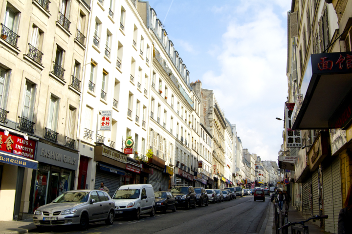 Paris 20th Arrondissement: Best bars, restaurants, and cafés around Belleville and Menilmontant, a street view.