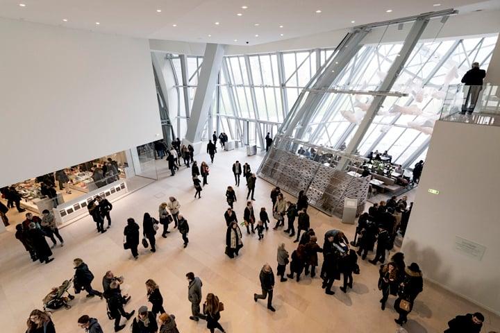 inside frank gehry 39 s fondation louis vuitton paris newest architectural sensation hip paris. Black Bedroom Furniture Sets. Home Design Ideas