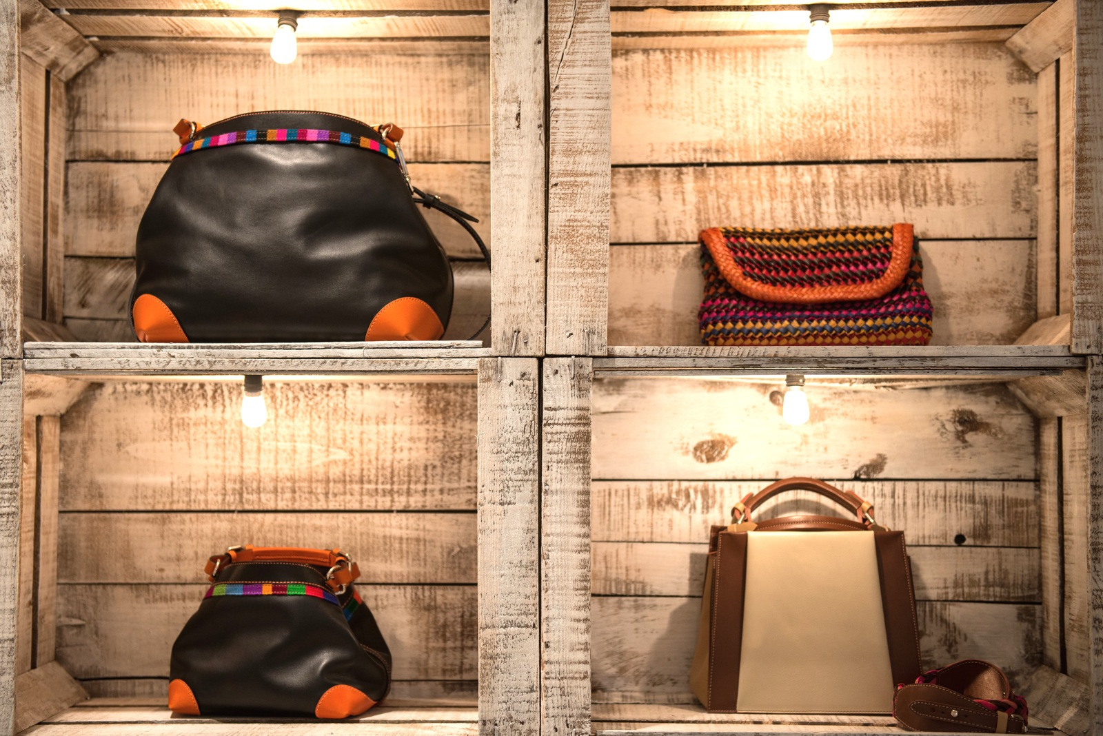 Caroline de Marchi Boutique: Pick up one of these unique luxury Parisian handbags