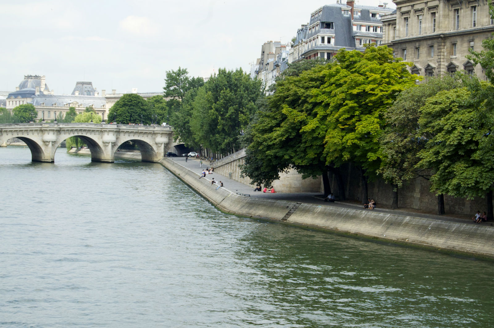 HiP Paris blog, Rude French, View along the Seine River