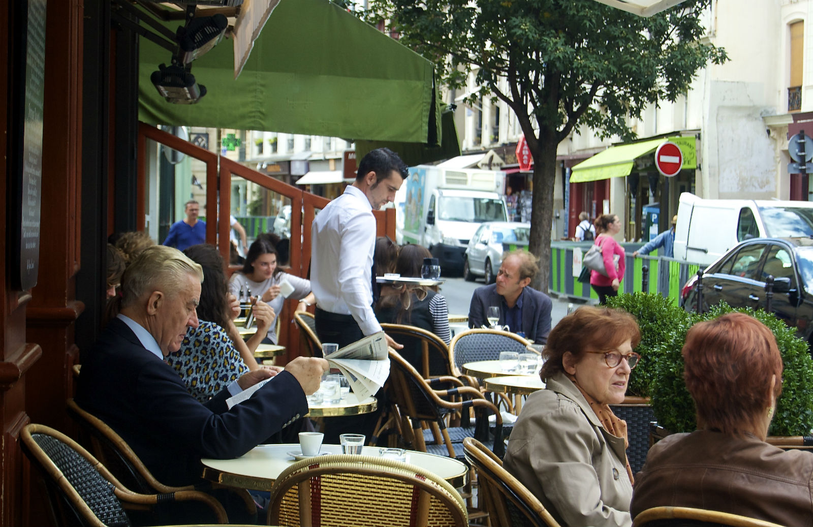 HiP Paris blog, Rude French, Parisian restaurant terrace