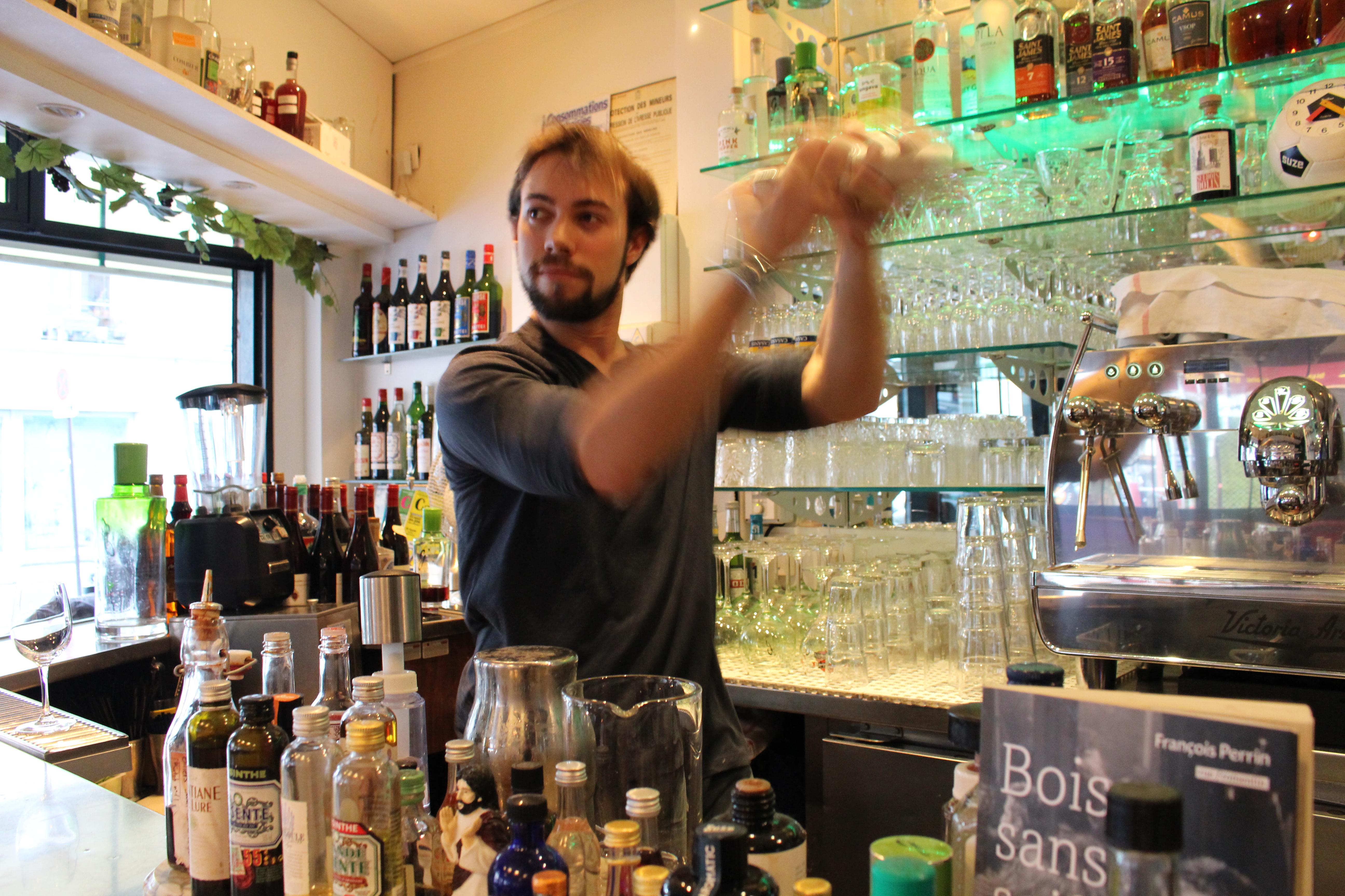HiP Paris A La Francaise barman Tristan Simon