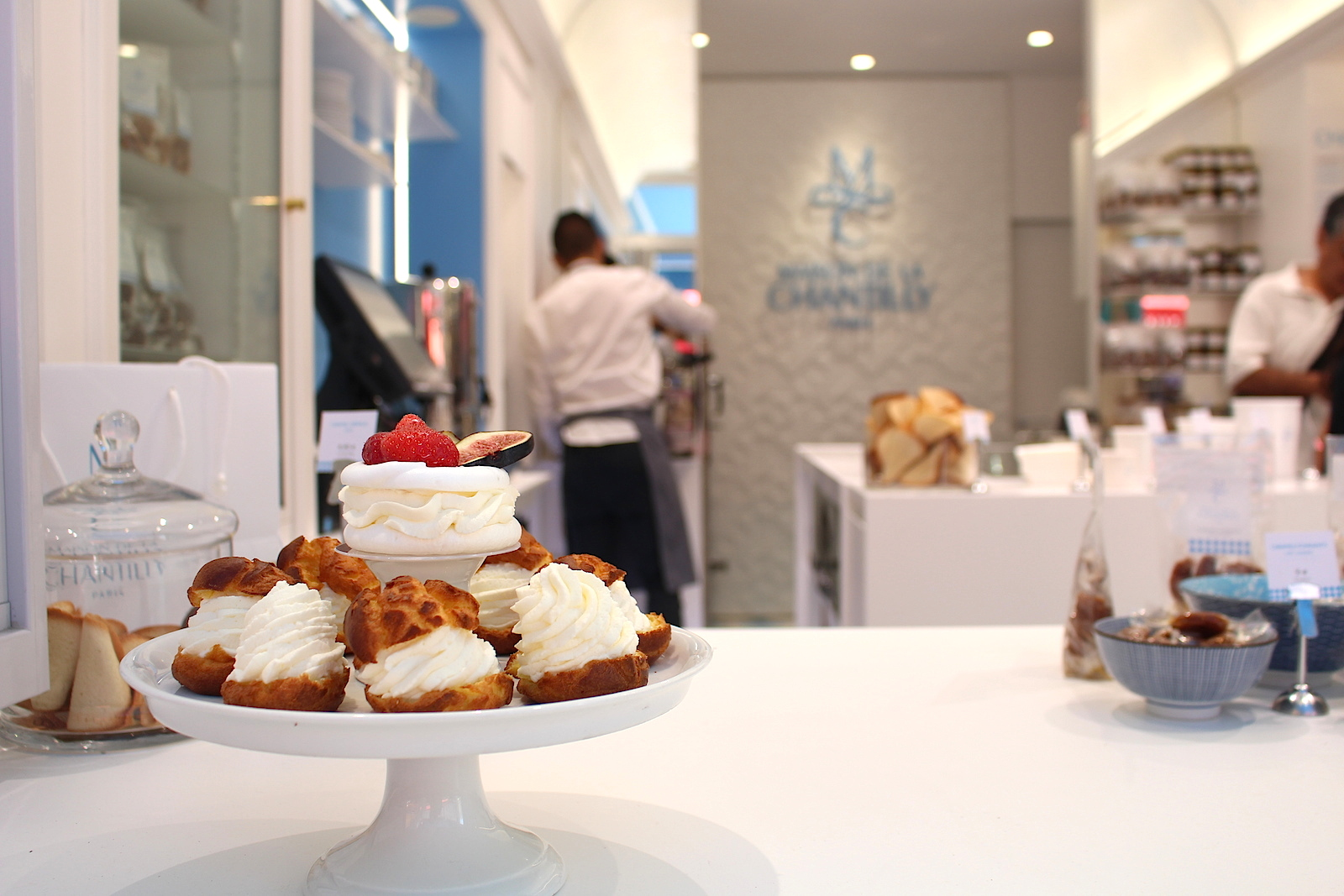 Maison du Chantilly. Whipped cream desserts in the heart of Paris.