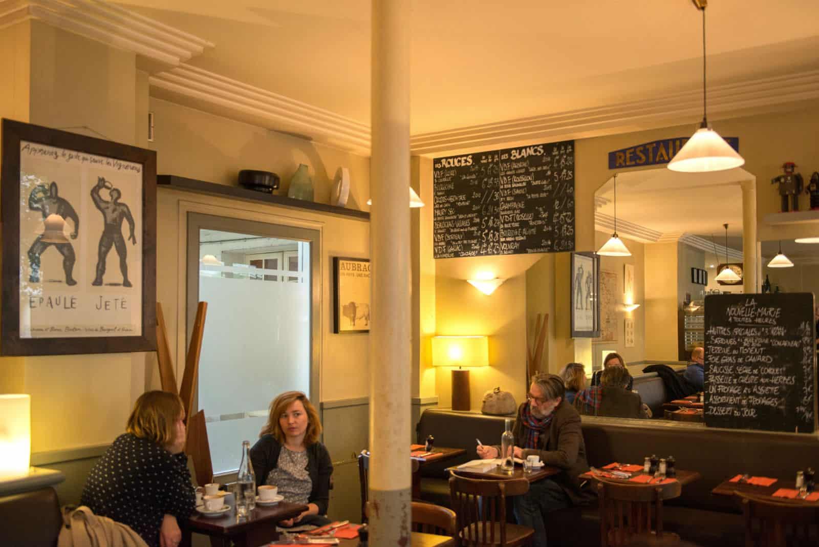 HiP Paris blog. Cafe de la Nouvelle Mairie. Classic French atmosphere