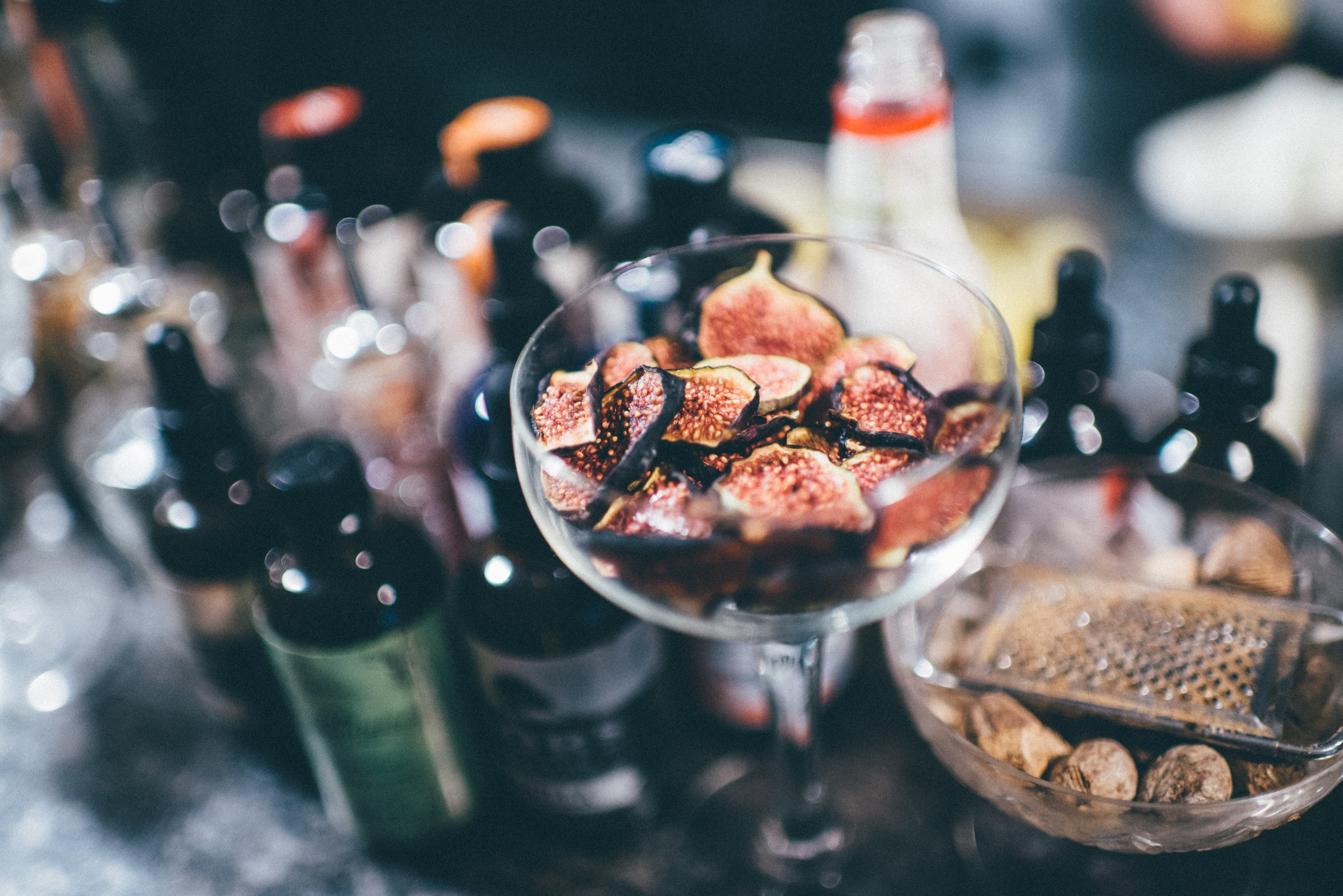 HiP Paris blog. The 3 most outrageous cocktails in Paris. Fig garnishes at Bespoke. Photo by Jean-Marie Heidinger.