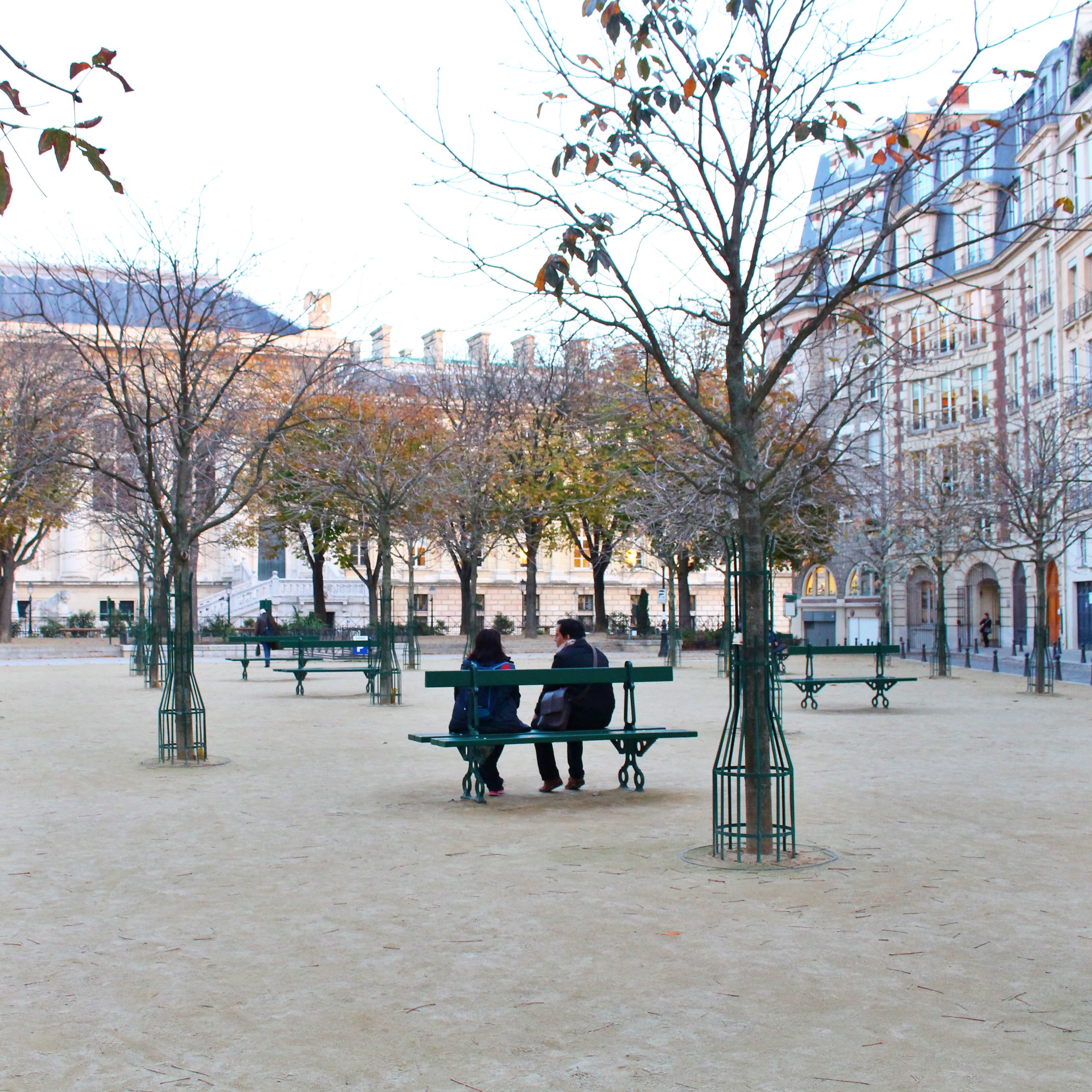 Catching up at Place Dauphine. Interested in an internship with HiP Paris Blog? Learn more at http://haveninparis.com/careers.php.