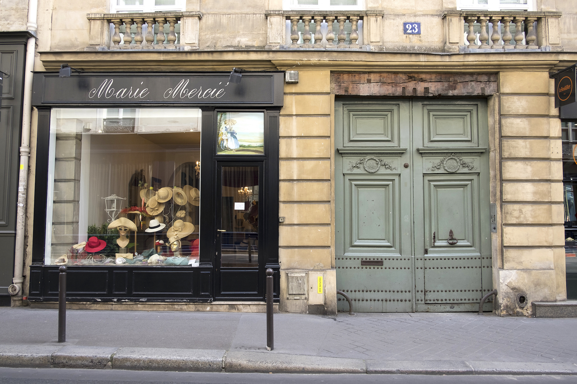 HiP Paris blog. Discovering Saint Sulpice. Marie Mercié hat shop.
