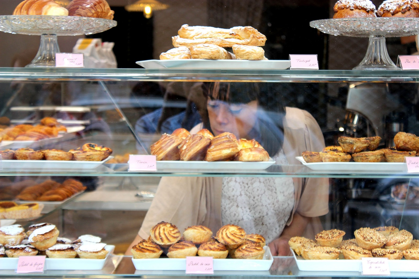 Donatonia bakery and sweets. Paris.