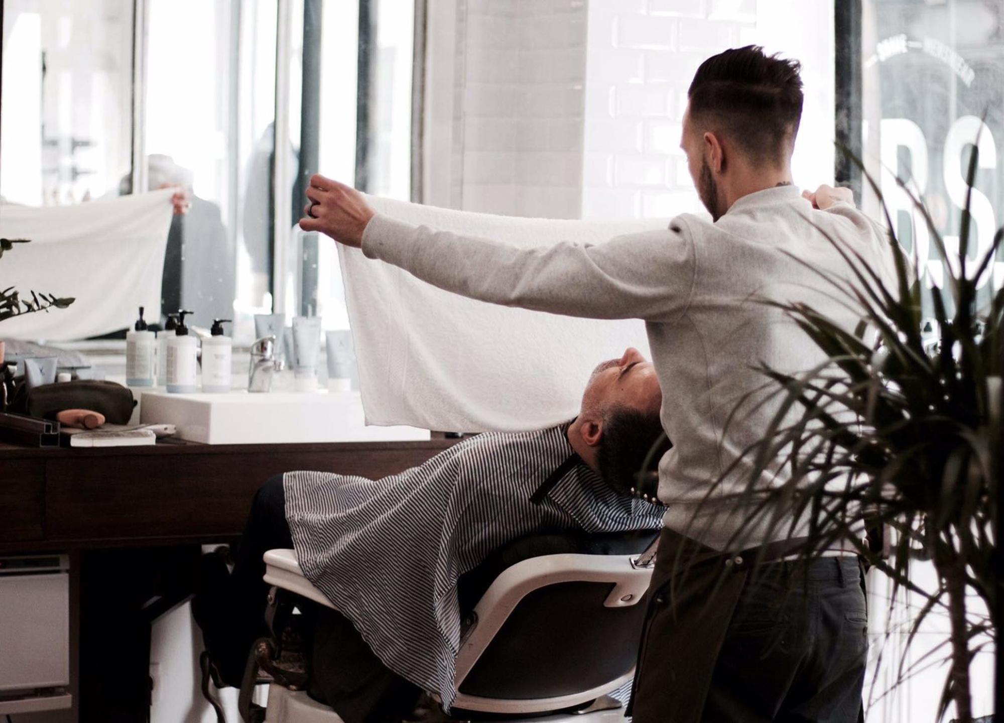 Paris Barbershops, V.B.S