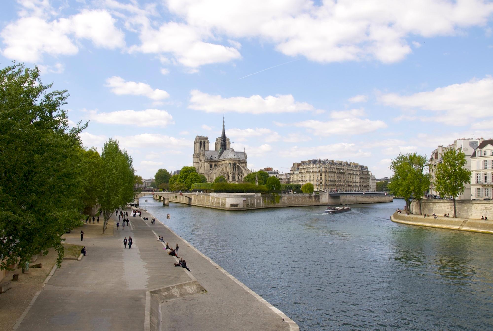 HiP Paris blog explores what it's like moving to Paris alone