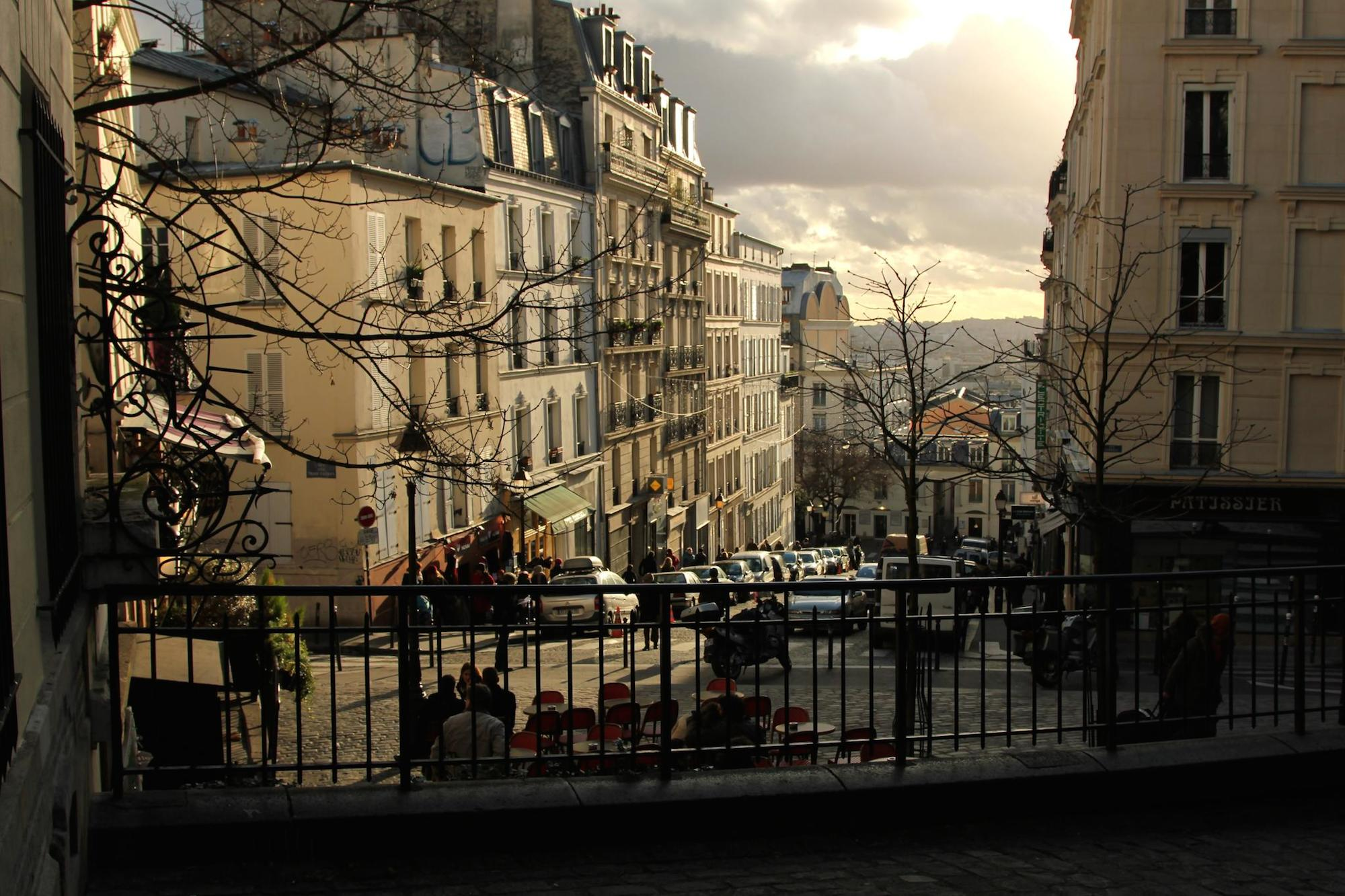 HiP Paris Blog explores what it's like to move to Paris alone