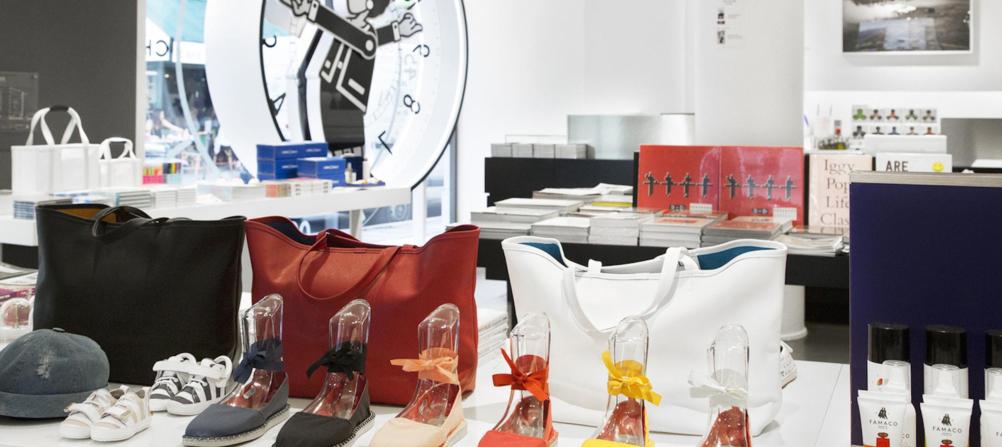 HiP Paris Blog says goodbye to Paris fashion institution Colette