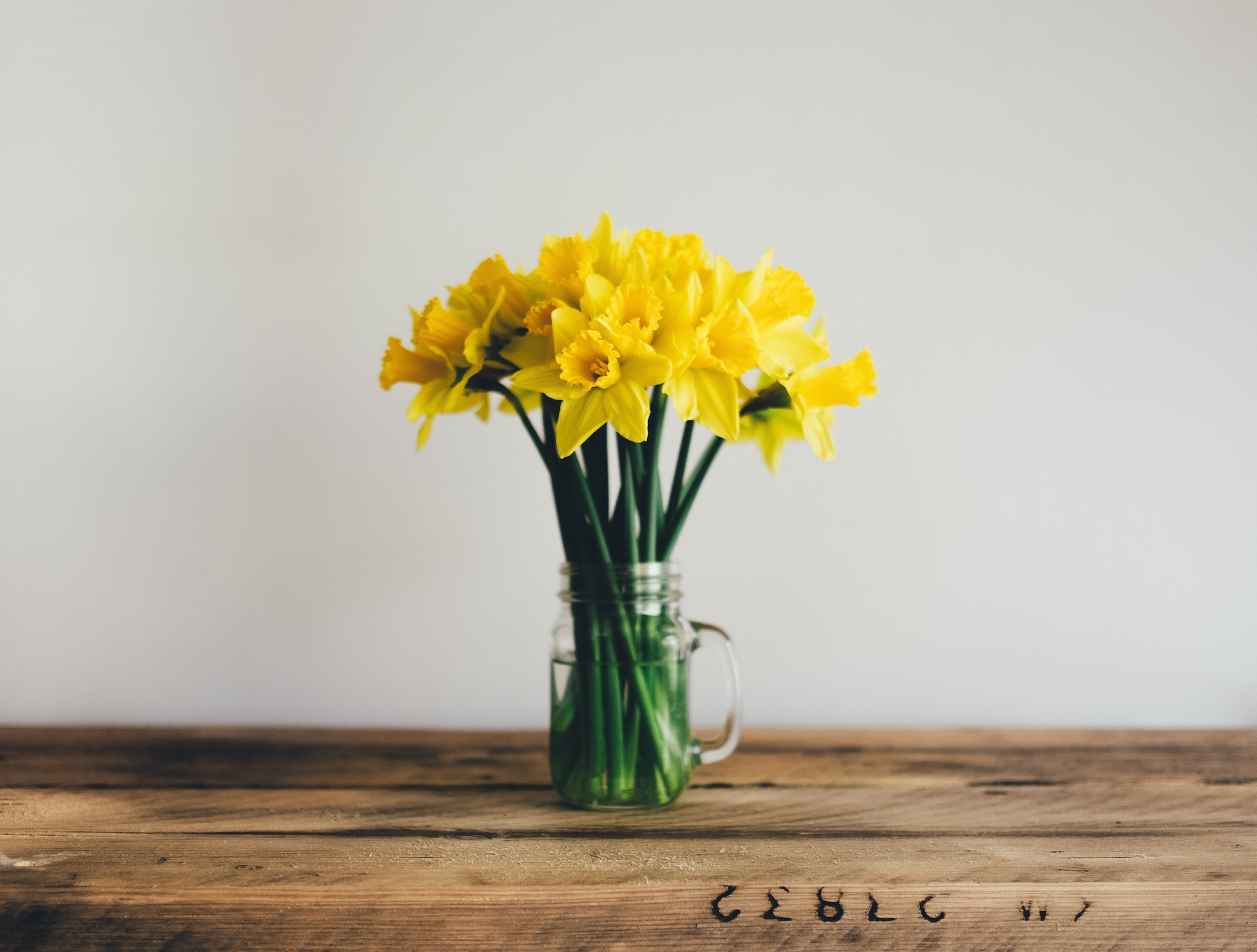 Spring in Paris is almost here, so you'll see plenty of daffodils on sale at Paris florists.