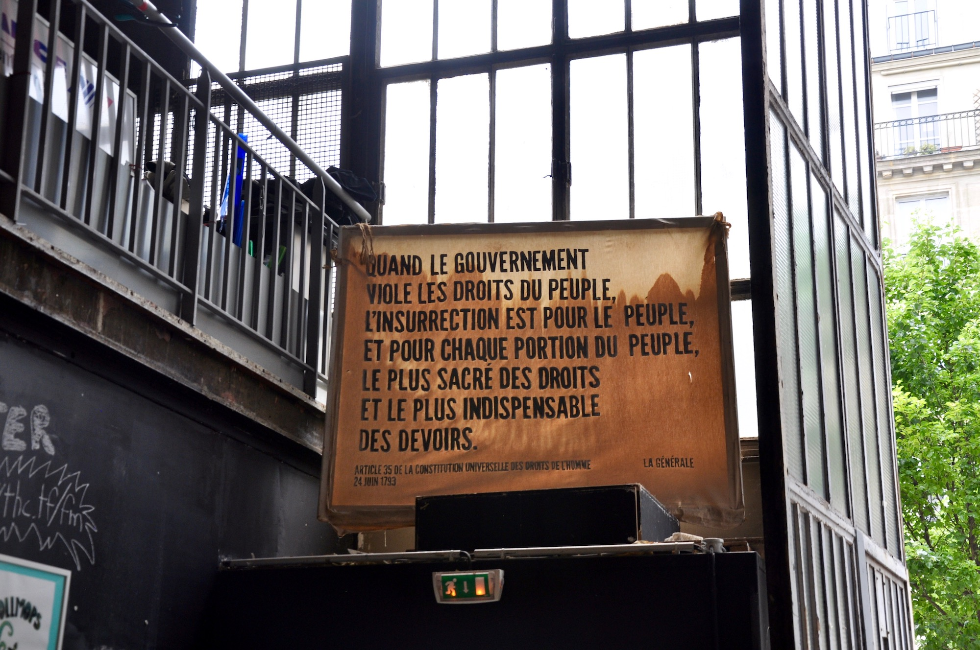 HiP Paris Blog discovers the many artist squats in Paris like La Générale, where human rights and freedom of speech and creation are key, according to this manifesto.